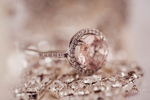 Best Engagement Rings Collection