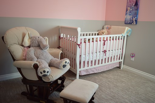 Important Tips To Consider Before Purchasing A Baby Crib