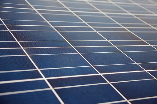 The Right Ways To Clean And Maintain Solar Panels